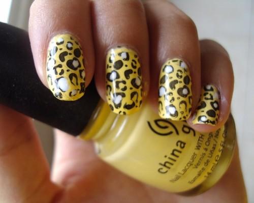 Yellow and Black Animal Print Nail Art for Christmas